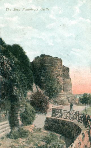 The keep seen from the sally port looking south. The victorian feature outside the sally port is seen at its most substantial on this postcard. It is impossible to separate out the park feature from any surviving archaeology because the site has never been fully dug [Click here to open image in popup]