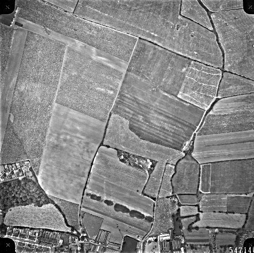 This aerial view of fields behind Flanshaw Mills was taken for Wakefield City Council in 1961. [Click here to open image in popup]